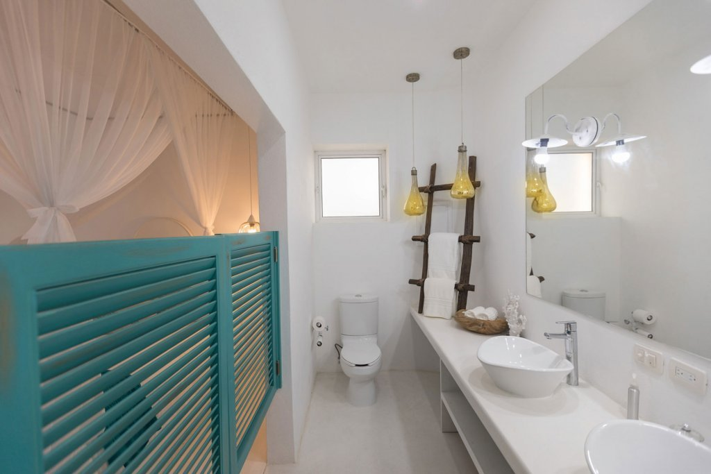 Bathroom at our wellness retreat and hotel in Mexico - Casa Tara Retreat